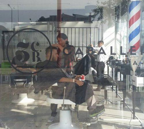pueblando_ando_cinco_mejores_barberia_3_caballeros_4