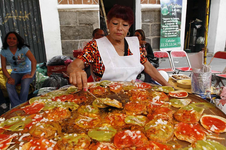 SoyTuFat: ¡Ya se armo la Feria de la Chalupas en Puebla! – Pueblando ANDO